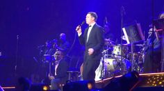 Michael Buble To Be Loved Tour: Crazy Love with Crazy SuperFan Alex #MBW...