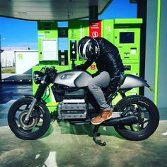 Bike wants a battery to get started. Selecting a bike which is not too rare, means that you will be able to come across some good one cheaper Bike Bmw, Cafe Bike, Cafe Racer Motorcycle, Bmw Motorcycles, Custom Motorcycles, Custom Bikes, Vintage Cafe Racer, Vintage Bikes, K100 Bmw