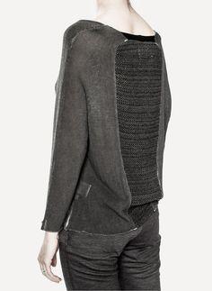 251140-graphic-sweater.jpg 1250×1711 pixels