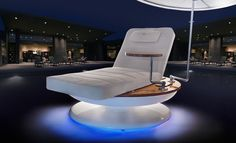 Sun loungers. True luxury, sun tracking sun lounger! Finnish company Remmus has developed a revolutionary new luxury sun lounger. The product was launched to hotel representatives at Dubai's The Hotel Show, the largest event in the sector in the Middle East. Among the features of the Remmus luxury lounger are automatic LED lights and a wireless charging station. www.remmus.fi
