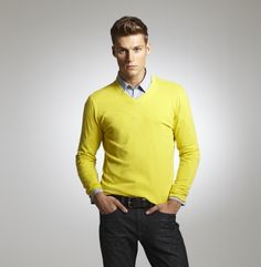 Cotton Blend V-Neck Sweater - Clothing - Kenneth Cole