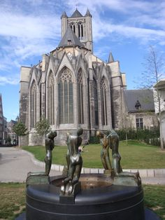 The fountain of kneeling Youths, by George Minne, Ghent, Belgium