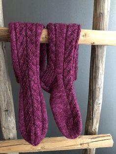 Knitting Socks, Knitted Hats, Leg Warmers, Mittens, Scarves, Legs, Crochet, Dyi, Pattern