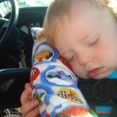 - Baby car seat pillow