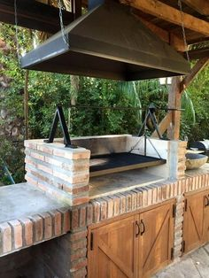Outdoor Kitchens Luxury Outdoor Kitchen Design Ideas That Brings A Cleaner Looks Rustic Outdoor Kitchens, Outdoor Kitchen Cabinets, Diy Outdoor Kitchen, Backyard Kitchen, Summer Kitchen, Outdoor Decor, Outdoor Furniture, Backyard Patio, Outdoor Ideas