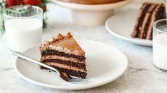 Hershey's Chocolate Cake With Frosting Hersheys Schokoladenkuchen mit Zuckerguss-Rezept – Genius Kitchen Twinkie Cake Recipes, Frosting Recipes, Dessert Recipes, Desserts, Buttercream Frosting, Yummy Recipes, Chocolate Twinkie, Hershey Chocolate Cakes, Chocolate Cakes