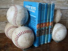 Baseball Themed Nursery Decor: Vintage Baseball Book Ends - Great for a Kids room or sports themed room, maybe do with footballs? Baseball Crafts, Baseball Mom, Softball, Baseball Stuff, Baseball Games, Nursery Themes, Themed Nursery, Nursery Decor, Nursery Bedding