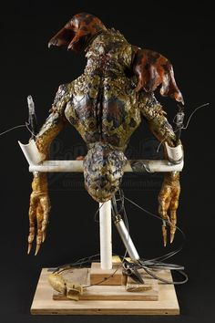 GREMLINS 2: THE NEW BATCH (1990) - Mechanical Gremlin Puppet - Price Estimate: $2000 - $3000