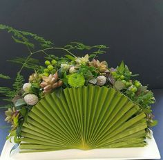 palm fan arrangement