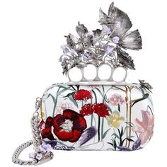 4fb9fcd938a5 Lily James Shows Us the Beauty of Investing in a Really Great Statement Bag