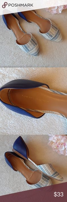 [Tommy Hilfiger] Printed Flats Cute Tommy Hilfiger Flats. Perfect condition. BUNDLE ANY TWO FLATS FOR A DISCOUNT! Tommy Hilfiger Shoes Flats & Loafers