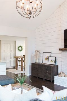 Open Concept Living Room and Dining Room | Open Concept Living Room Vaulted Ceiling | Vaulted Ceiling Living Room Decor Rustic | Vaulted Ceiling Living Room Open Concept #livingroomideas #openconcept #vaultedceiling #modernfarmhouse