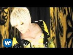 Yuri - Estoy Cansada (Video Oficial) - YouTube