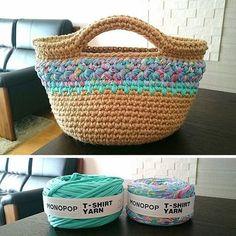 フォロワー1,152人、フォロー中0人、投稿210件 ― MONOPOP T-SHIRT YARNさん(@monopop_official)のInstagramの写真と動画をチェックしよう Mochila Crochet, Crochet Tote, Crochet Purses, Crochet Slippers, Crochet T Shirts, Yarn Bag, Finger Knitting, Fabric Yarn, T Shirt Yarn