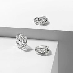 The classic #Boodles #Raindance ring was designed at the turn of the millennium and now features within @VAMuseum 's permanent collections.
