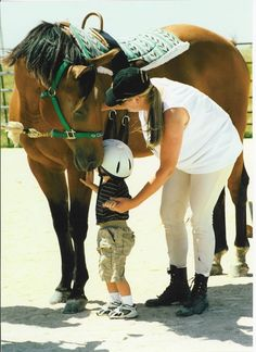 Someday this will be me....working with little ones with special needs and horses. What a wonderful day that will be <3