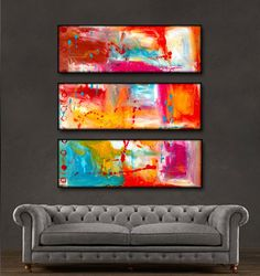 'Beautiful splash' is a 100% hand-made painting, created with acrylic paints on high-quality canvas. Painting is coated with high-gloss varnish to protect it from possible dust and sun damage. The set