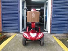 Monarch Vogue heavy duty 8 mph mobility scooter, Swivel seat pnuematic tyres