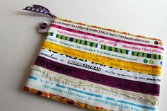 Hurray For Fabric Selvage Pouch par sarahminshall sur Etsy