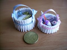 Baskets from bottle caps covered in fabric | Source: Mini Tutes From Orr Lake