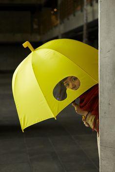 Goggles umbrella   with goggles and slip prevention periscope head
