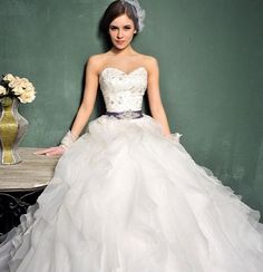 Seek fashion & cheap bridal/wedding gowns from thousands of quality wedding dresses online. Various affordable wedding dresses/gowns with big discounts are sale at Tidebuy online store. Dresses 2013, Wedding Dresses 2014, Formal Dresses For Weddings, Bridal Dresses, Wedding Gowns, Bridesmaid Dresses, Ivory Wedding, Dresses Online, Ballroom Wedding