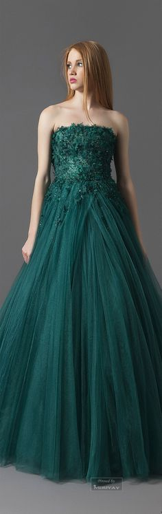Antonios Fall-winter 2014-2015. Love the color.  | emerald green fashion | www.endorajewellery.etsy.com