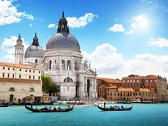 The Duomo in Venice: http://excursions.shorefox.com/community/cruise-blog/post/47/cruising-from-venice-what-you-need-to-know
