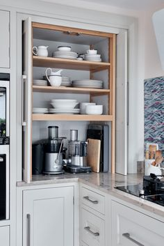 20 Various Kinds Of Section Cupboard Concepts for the Kitchen space- Top corner kitchen cabinet layout for your home Home Decor Kitchen, Kitchen Interior, New Kitchen, Home Kitchens, Kitchen Ideas, Pantry Interior, Kitchen Furniture, Furniture Storage, Find Furniture