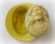 Silicone Cameo Mold Victorian Sisters Cameo Silicone Mold   Size ~ 30mm x 40mm    Your mold will be purple. Please check the picture with the ruler for size. :)    These molds are all food grade certified so you can use them with fondant to decorate cakes and cupcakes. Just be sure if you put edible material in the mold that the mold was not first used for any other material that is not edible, to avoid cross contamination. Make sure the size of the mold you buy will be suitable for the…