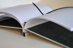 "Japanese binding by l'atelier de ""Le piccole virtù"""