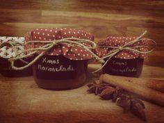 leckere Weihnachtsmarmelade mit Äpfel, Pflaumen, Marzipan, Lebkuchengewürze und Zimt #Weihnachten #Marmelade