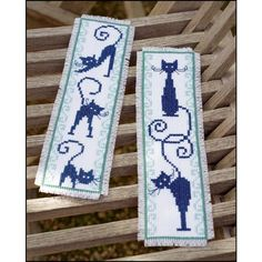 Marque-page chats espiègles Vervaco VE.0146948 Broderie Point de Croix - Broderies & Cie Cross Stitch Embroidery, Cross Stitch Patterns, Diy Broderie, Le Point, Handicraft, Bookmarks, Needlework, Kittens, Crochet