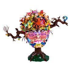 freya jobbins 8 Toy Sculptures By Freya Jobbins Art From Recycled Materials, Recycled Toys, Recycled Art, Repurposed, Sculpture Images, Sculpture Clay, Found Object Art, Found Art, Gunther Von Hagens
