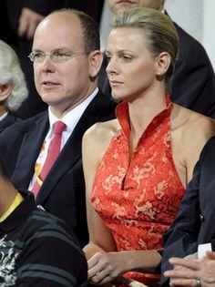 Monaco Royal Family, Charlene Of Monaco, Princess Stephanie, Prince Albert, Royal House, Grace Kelly, Color Yellow, Countryside, Diana