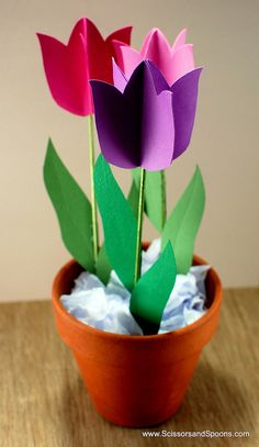 @carly k. Hinkley...will you make these Paper Tulips for me???
