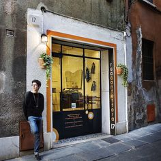 Italy, visiting with Daniela Bettoni, proprietor of the intriguing Rua Confettora housed in a former artisan's restoration workshop.