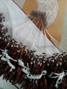 Bobbin Lace {Brussels, Belgium}  Marieke Smuts via Laura Richards onto Spinning and other fibre crafts