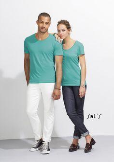 URID Merchandise -   T-SHIRT EM JERSEY FINO DE GOLA REDONDA PARA HOMEM   7.546 http://uridmerchandise.com/loja/t-shirt-em-jersey-fino-de-gola-redonda-para-homem/