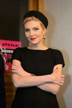 Рената Литвинова (110 фото): личная жизнь актрисы и режиссера, дружба с Земфирой, фильмы, дочь Ульяна