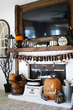 Haunted hearth halloween mantle 1 Traditional Orange and Black is back! Come see my Haunted Hearth Halloween Mantle display featuring my favorite DIY projects of the season. Casa Halloween, Halloween Mantel, Halloween Porch Decorations, Halloween Home Decor, Fall Home Decor, Autumn Home, Holidays Halloween, Fall Mantle Decor, Halloween Halloween
