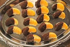 Dark Chocolate Dipped Clementines with Sea Salt | http://otasteandseeblog.com/dark-chocolate-dipped-clementines-with-sea-salt/