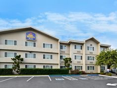 Vallejo (CA) Best Western Inn and Suites at Discovery Kingdom United States, North America Located in Fairgrounds, Best Western Inn and Suites at Discovery Kingdom is a perfect starting point from which to explore Vallejo (CA). The hotel has everything you need for a comfortable stay. Facilities like 24-hour front desk, facilities for disabled guests, express check-in/check-out, luggage storage, Wi-Fi in public areas are readily available for you to enjoy. Each guestroom is el...