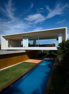 Osler House by Marcio Kogan Pool