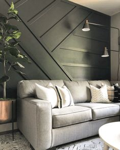 Accent Walls In Living Room, Accent Wall Bedroom, Home Living Room, Living Room Designs, Living Room Decor, Bedroom Decor, Feature Wall Living Room, Living Room Panelling, Black Accent Walls