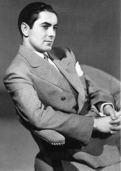 Tyrone Power Photos - Tyrone Power Picture Gallery