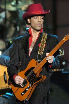 prince: rock and rol -hall of fame 2004 kevin-mazur: getty images #Prince