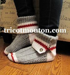 Crochet shoes adult sock monkeys ideas for 2019 Knitted Slippers, Crochet Slippers, Knit Or Crochet, Slipper Socks, Crochet Granny, Crochet Baby, Loom Knitting, Knitting Socks, Baby Knitting