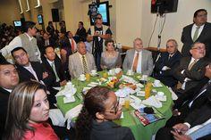 El gobernador Javier Duarte de Ochoa asistió a desayuno con motivo del Día de la Libertad de Expresión.