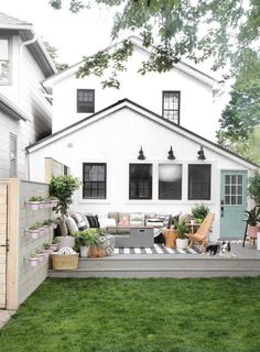 » Before & After | My DIY Backyard Makeover Reveal!